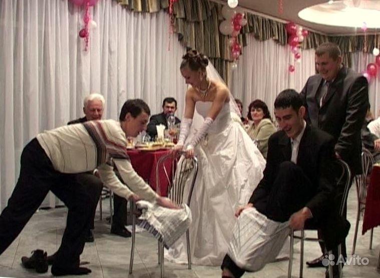 Гифка поздравление с днём свадьбы