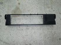 Рамка магнитолы BMW E46