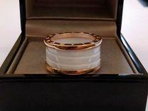 Bvlgari B.Zero1 золотое кольцо с керамикой