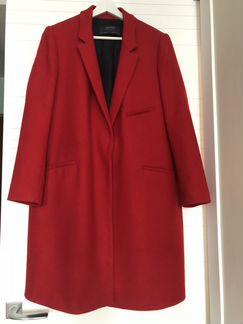 Пальто Zara красное