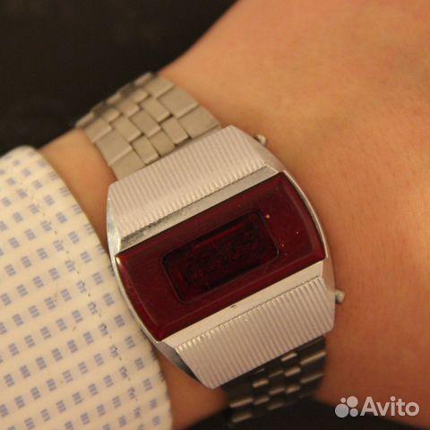 Продам часы электроника 1 ломбард казань часовой