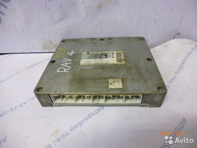 89657347629 Блок управления двигателем Toyota Rav 4