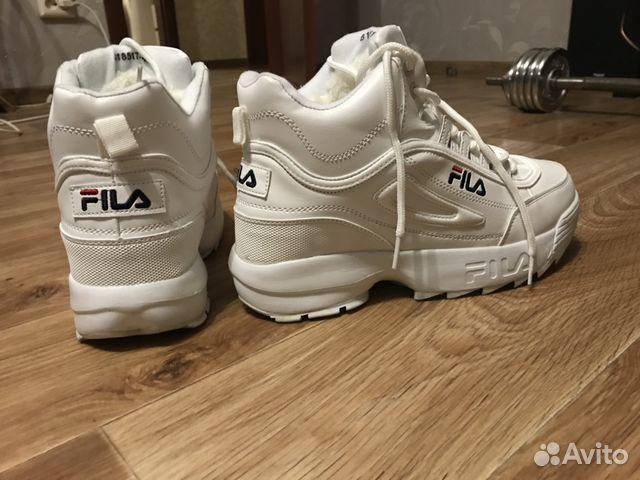Зимние белые кроссовки фирмы fila с мехом  0bcb0d1475af9