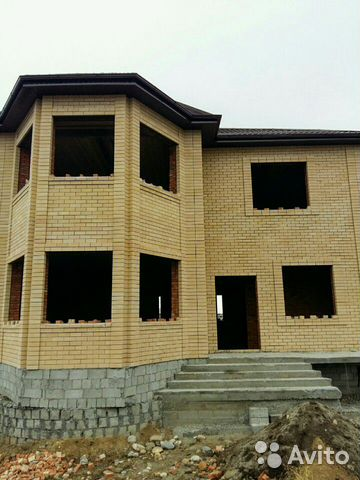 House of 220 m2 on a plot of 9 cells. 89897888833 buy 1