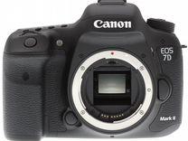 Canon 7d mark II (body)