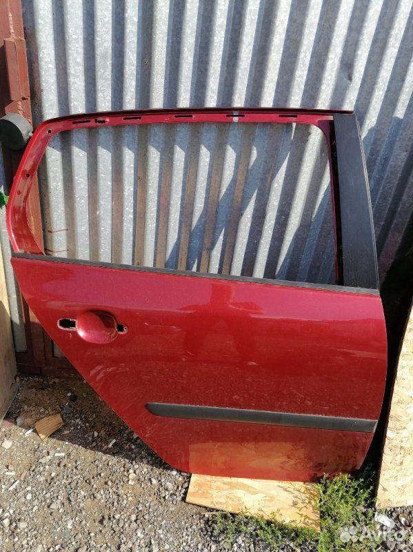 89270165946  Дверь задняя правая Volkswagen Golf 5