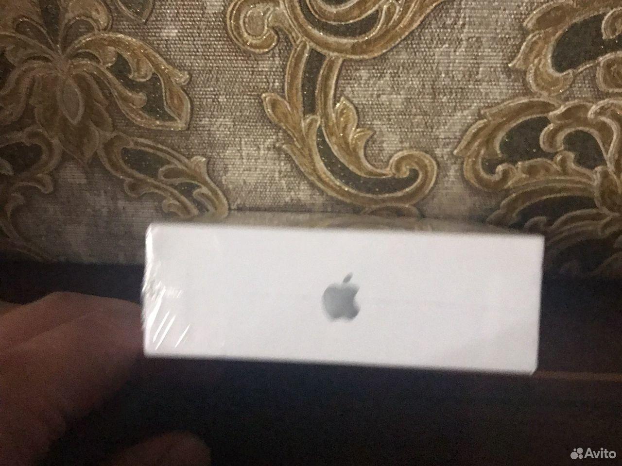 Наушники Apple AirPods 2 с беспроводной зарядкой  89869796692 купить 3