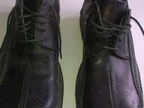 Ботинки деми новые кожанные р. 42