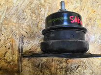 Опора двигателя правая Roomster Румстер Fabia 2