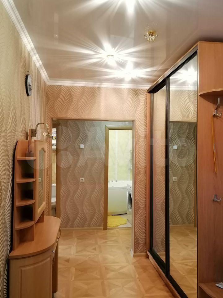 2-к квартира, 57 м², 8/17 эт.