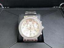 Часы швейцарские наручные