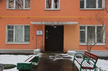 Комната 10м² в 2-к., 2/9эт.